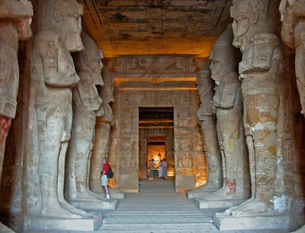 Thăm đền thờ đá của Pharaoh vĩ đại nhất Ai Cập 8