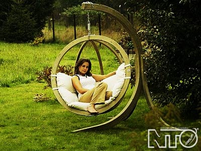 Xích đu - Điểm xuyến cho khu vườn xinh nhà bạn