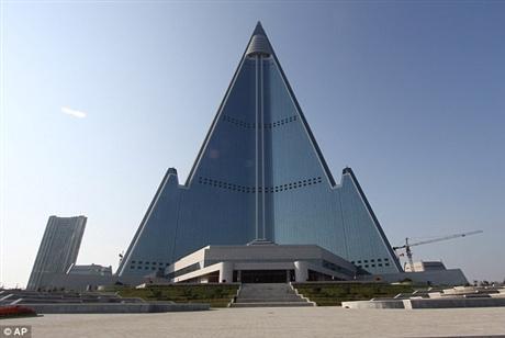 Sau khi hoàn thành, khách sạn này sẽ trở thành một trong những tòa nhà chọc trời của thế giới