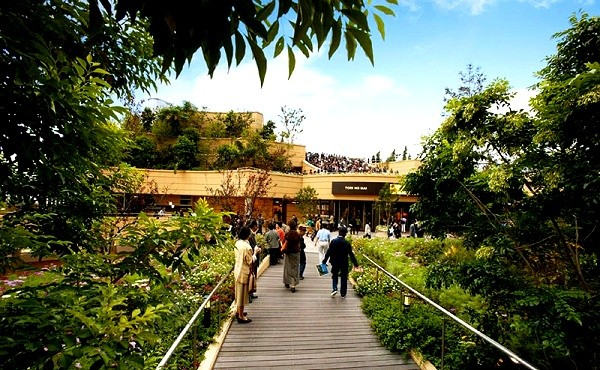 Công viên trên... nóc nhà siêu kinh ngạc ở Nhật Bản 6